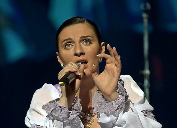 Елена Ваенга НЕВЕСТА текст песни, аккорды на гитаре, разбор